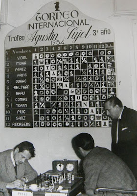 Partida Torán-Pérez en el Torneo Internacional de Ajedrez Tarragona 1954