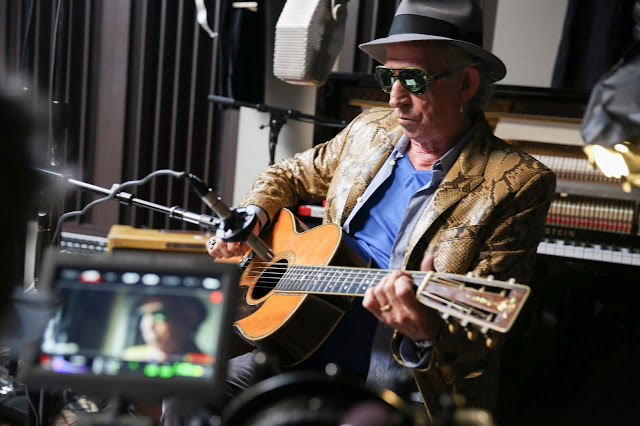"Keith Richards in the @Netflix Original Documentary ""Keith Richards: Under the Influence."" Photo Credit: J.Rose/Netflix"