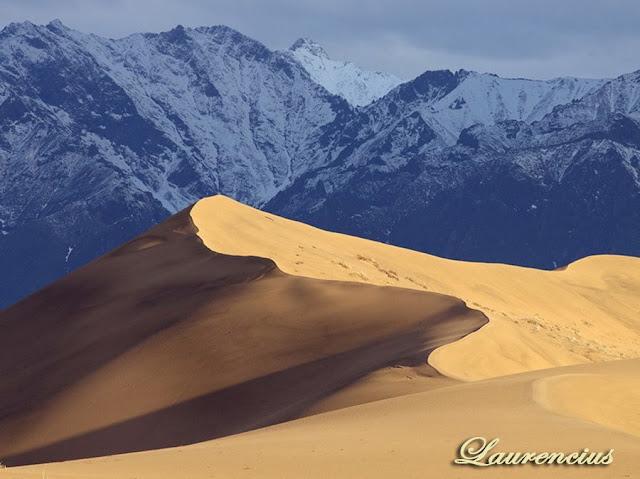 Foto-Padang-Pasir-Chara-Sands_1