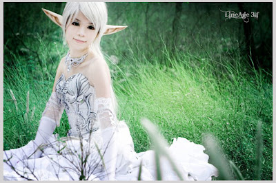 Elf cosplay costume d it looked fit as well as a wedding dress too xd