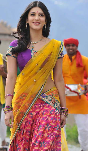 Actress Shruthi Hassan Saree Below Navel Show Photos