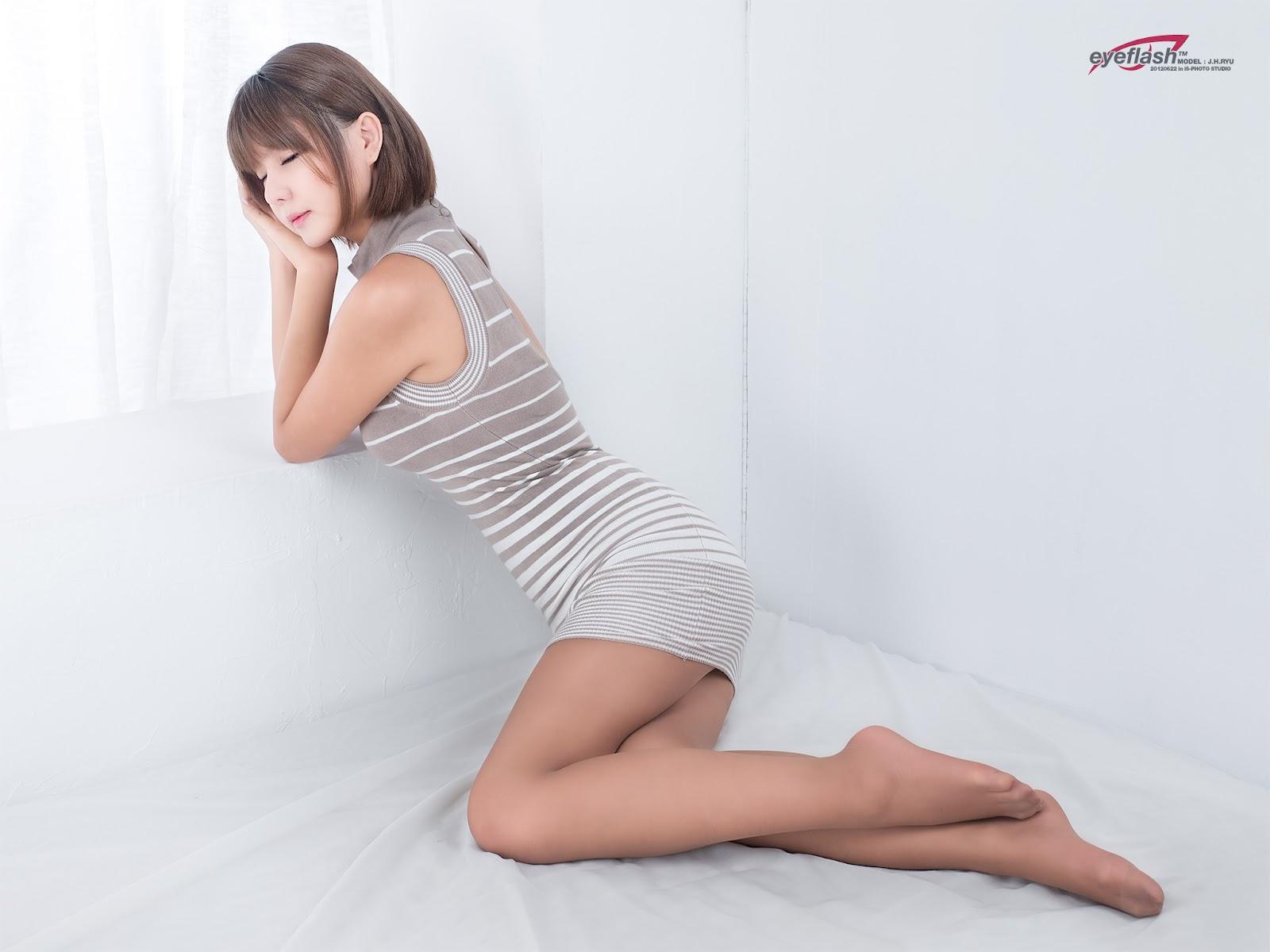 Ryu ji hye in mini dress very cute asian girl girlcute4u blogspot