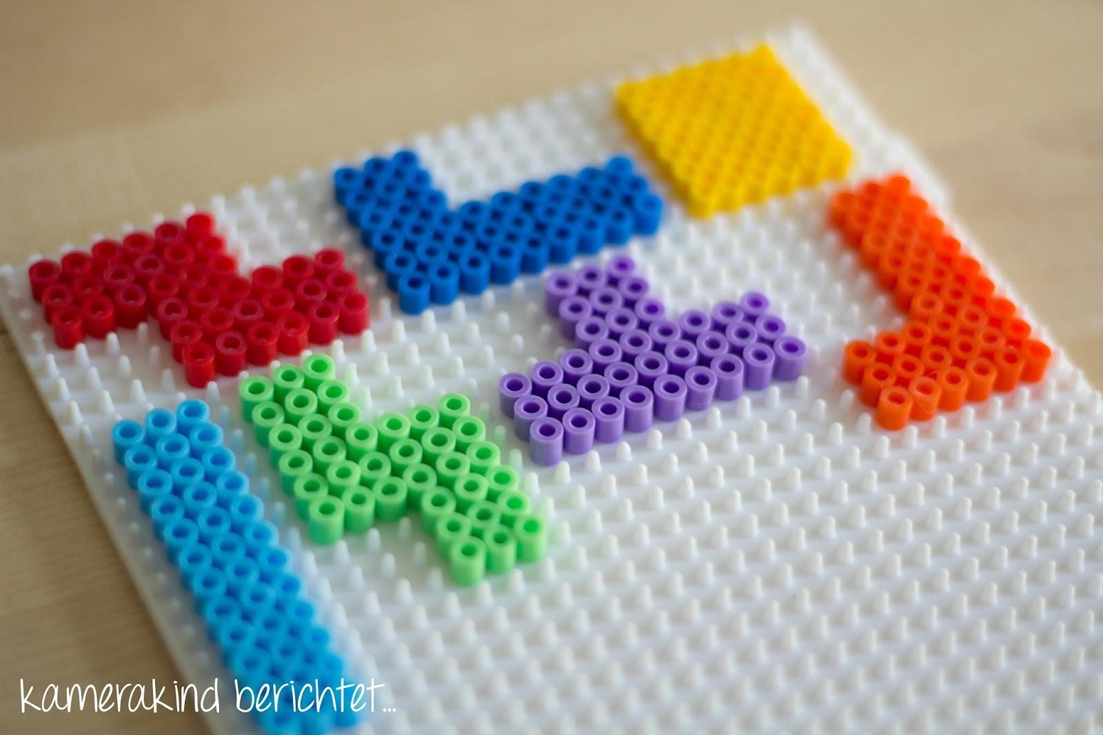 Bügelperlen zu Tetrisformen stecken