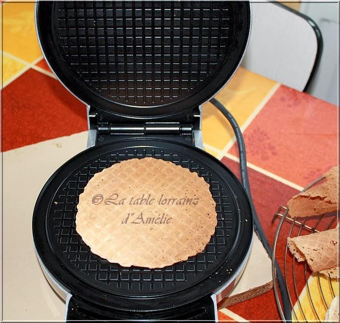 la table lorraine d 39 amelie gaufrettes cannoli aux myrtilles et mascarpone citron. Black Bedroom Furniture Sets. Home Design Ideas