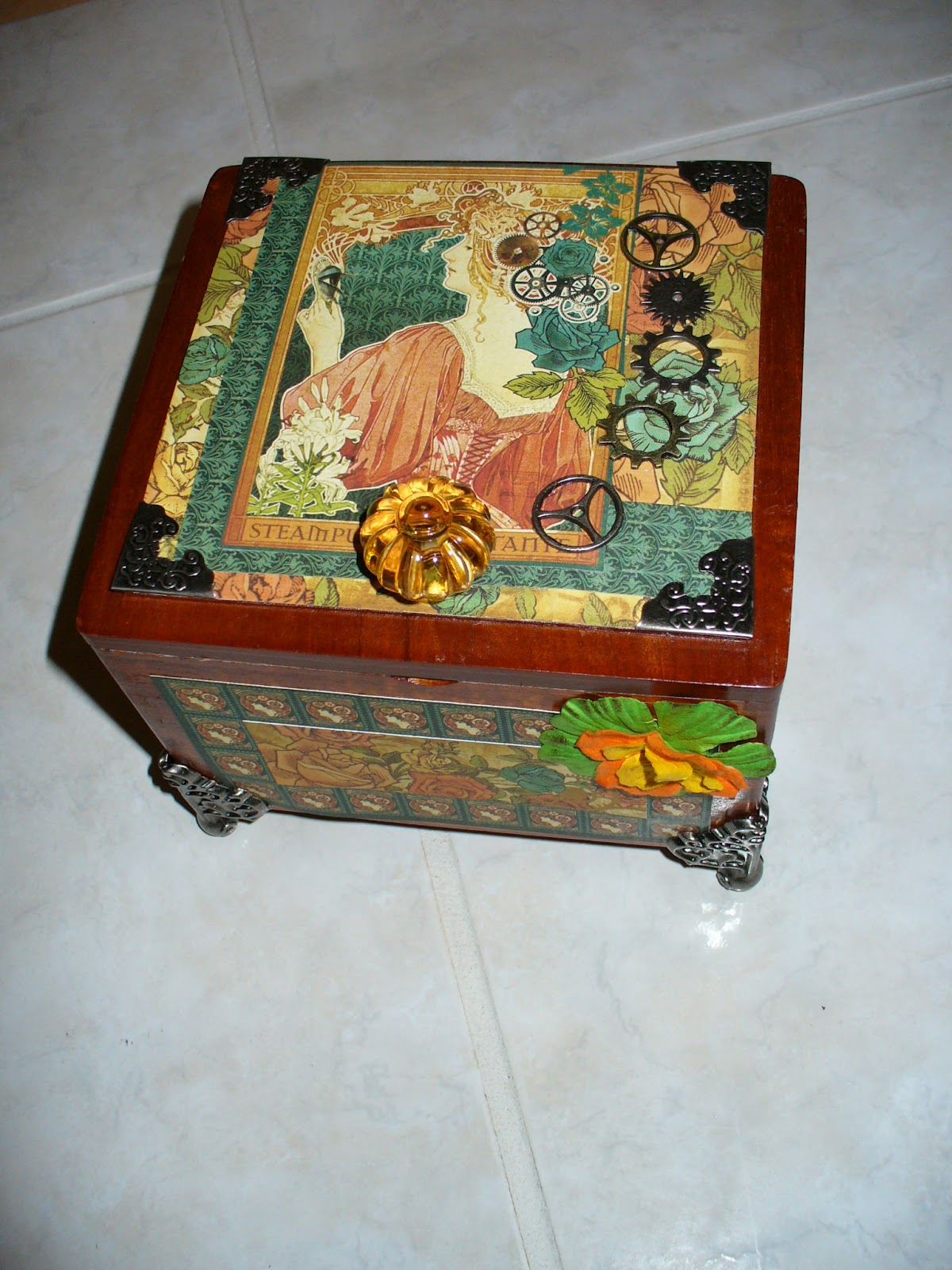 Carla 39 s cards more altered cigar boxes for Cigar boxes for crafts