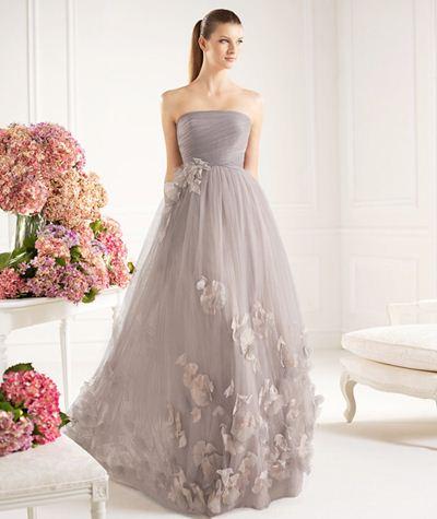 vestido com pétalas para casamento