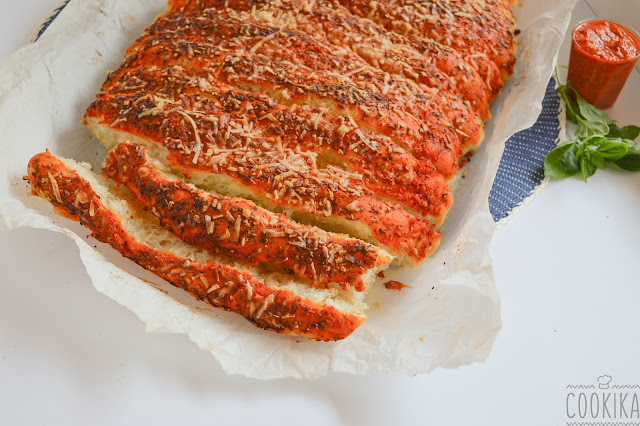 pull apart pizza red pepper pesto