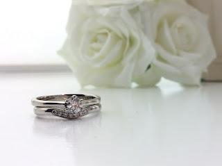 FURRERJACOT フラージャコー 結婚指輪 婚約指輪 セットリング シンプル 可愛い