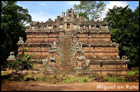 Phimeanakas-Angkor-templos-2