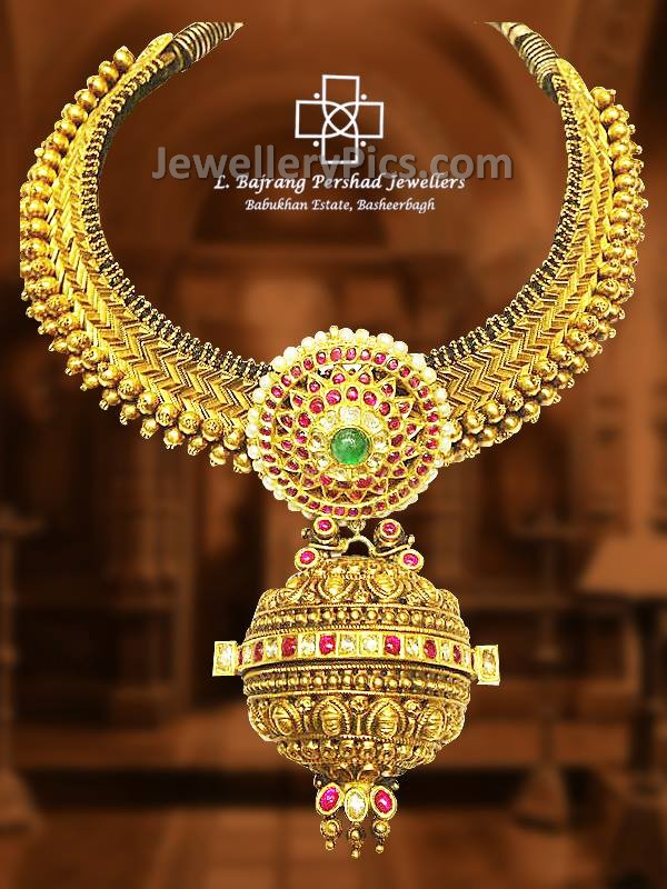rajwadi work gold set