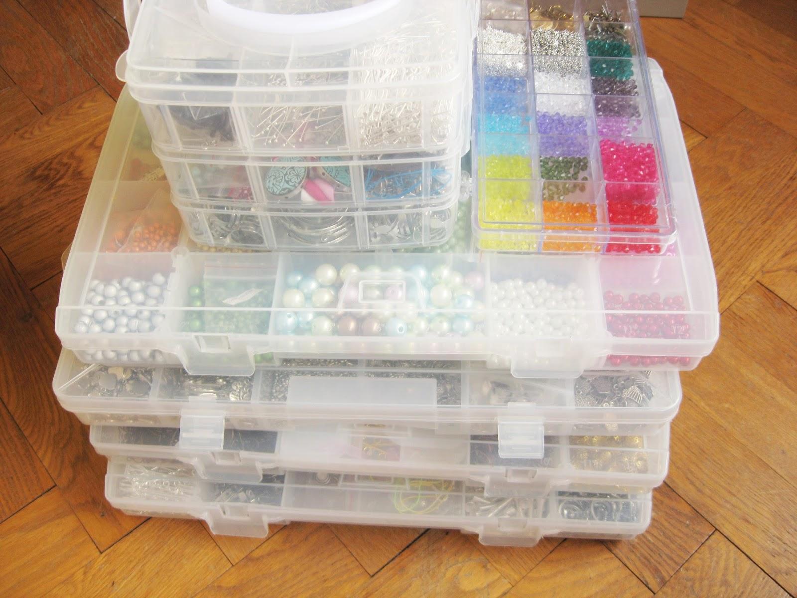 boîtes perles breloques