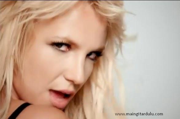 Lirik dan Kord Kunci Gitar 3 - Britney Spears ~ Maingitardulu.com