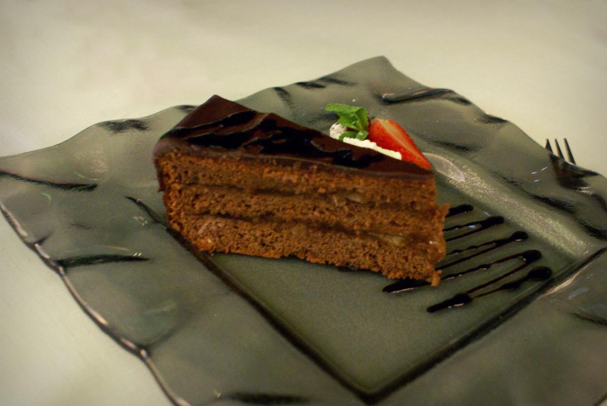 Sacherova torta - reštaurácia Iris