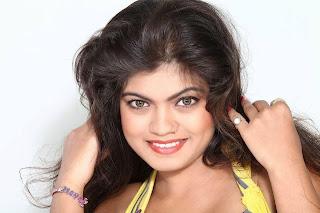 Nisha Dubey  Picture 2.jpg