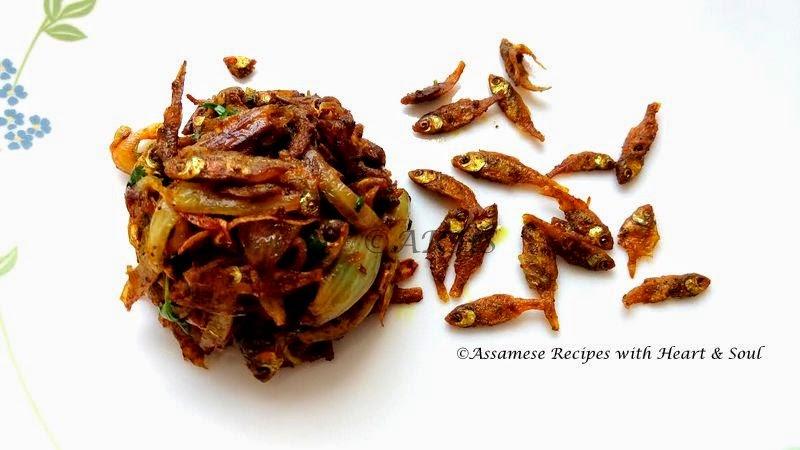 Assamese recipes saru maas bhaji small fishes stir fry for Assamese cuisine fish