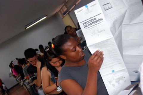 Exámenes de admisión Universidad Nacional de Colombia 2012-1