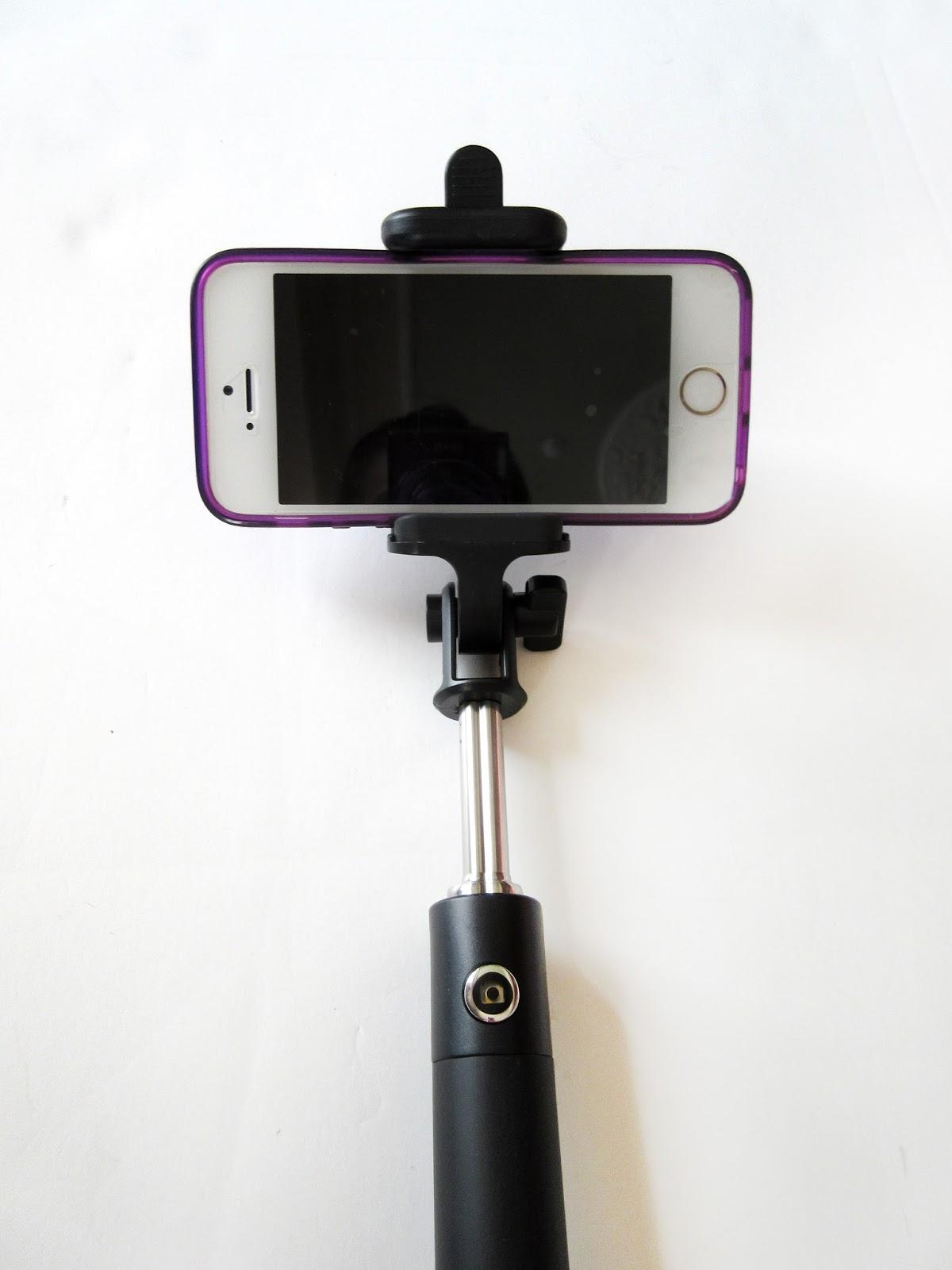 cafe craftea review gadget monkee selfie stick. Black Bedroom Furniture Sets. Home Design Ideas