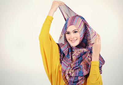 Cara+Memakai+Jilbab+Pashmina+Trendy+4 Cara Memakai Jilbab Pashmina Trendy Bersyariat