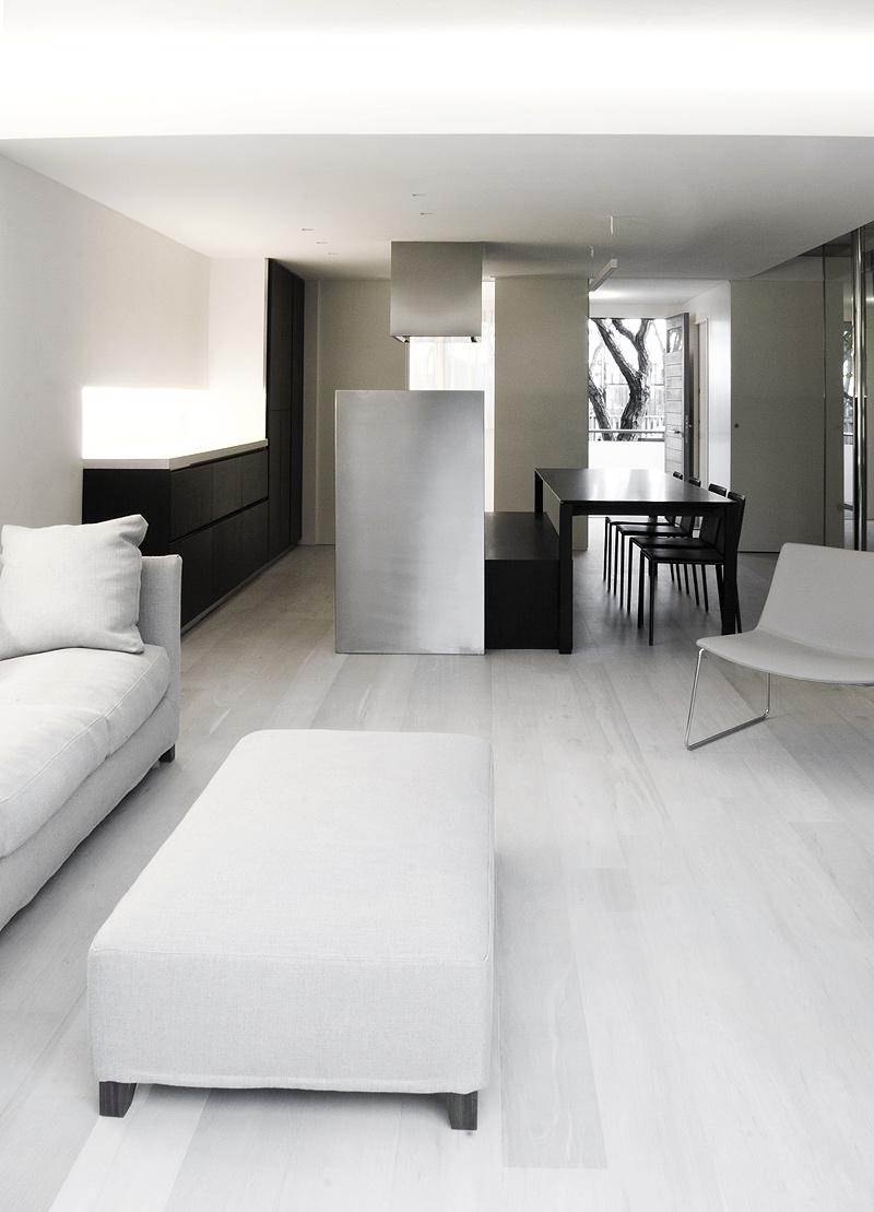 Interiores minimalistas vivienda minimalista y esencial - Iluminacion de interiores ...
