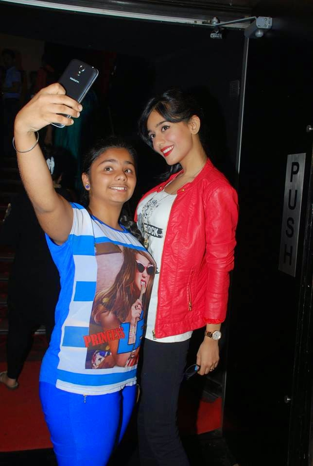 Amrita Rao graces 'Sulemani Keeda' film screening