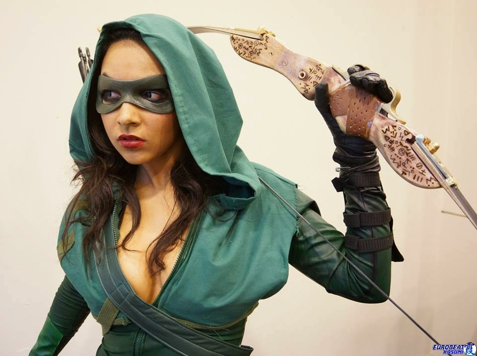hot cosplay of Arrow by Soni Aralynn
