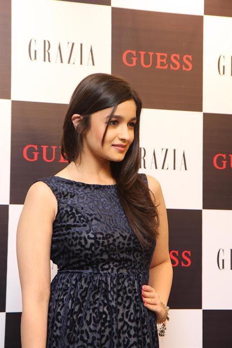 alia bhatt unveils grazia magazine party special issue. cute stills
