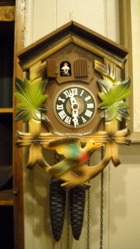 Hidden treasures german cuckoo clock - Cuckoo bird clock sound ...