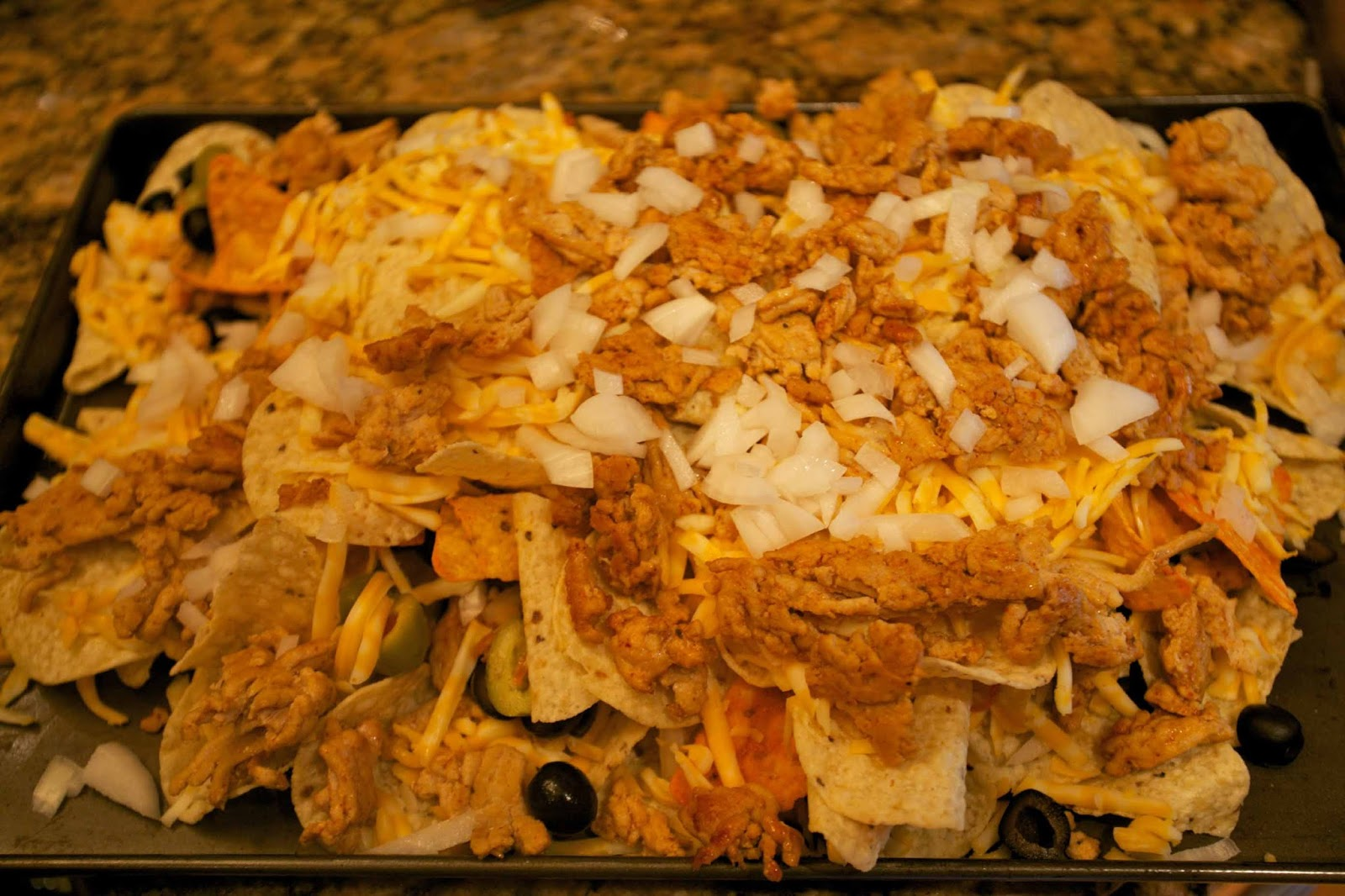 Octoberfarm: Chicken Nachos with Homemade Salsa