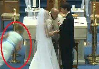 dama de honor se desmaya en plena boda