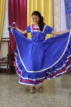 Grecia Dancing