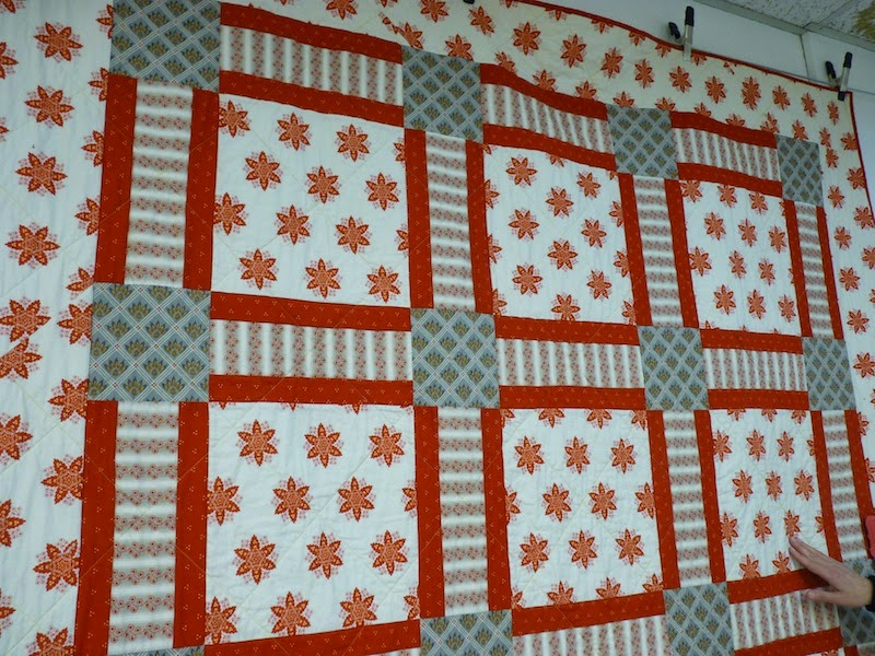 Quilt Pattern Using Focus Fabric : Mary Jo s Cloth Design Blog: Quilting Basics: Selecting Fabrics