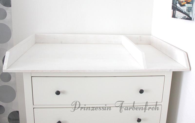 kommode mit wickelaufsatz weis wickelkommode wei wickeltisch kommode wickelaufsatz baby. Black Bedroom Furniture Sets. Home Design Ideas