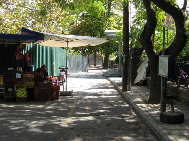 Ο δήμος κατηγορεί πολίτες, χωρίς να βλέπει τα δικά του