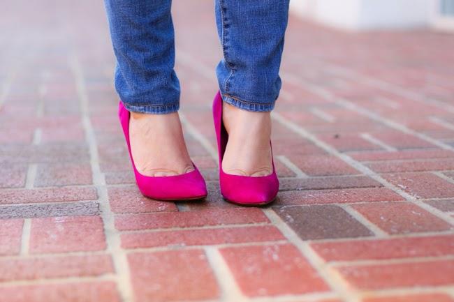 shuts pink pumps