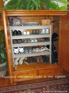 Discreet Shoe Cabinet | 25 Ways To Store Shoes In Your Closet