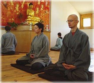 Postura correcta para meditar c mo utilizar la postura - Meditar en casa ...