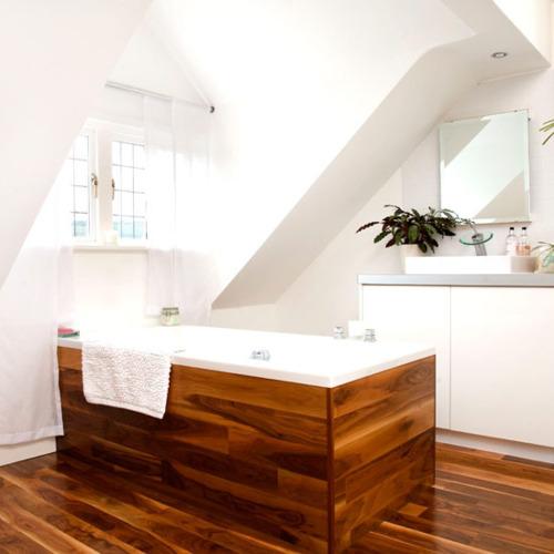 To da loos: Tub base Tuesday: Matching wood tub surround to wood ...