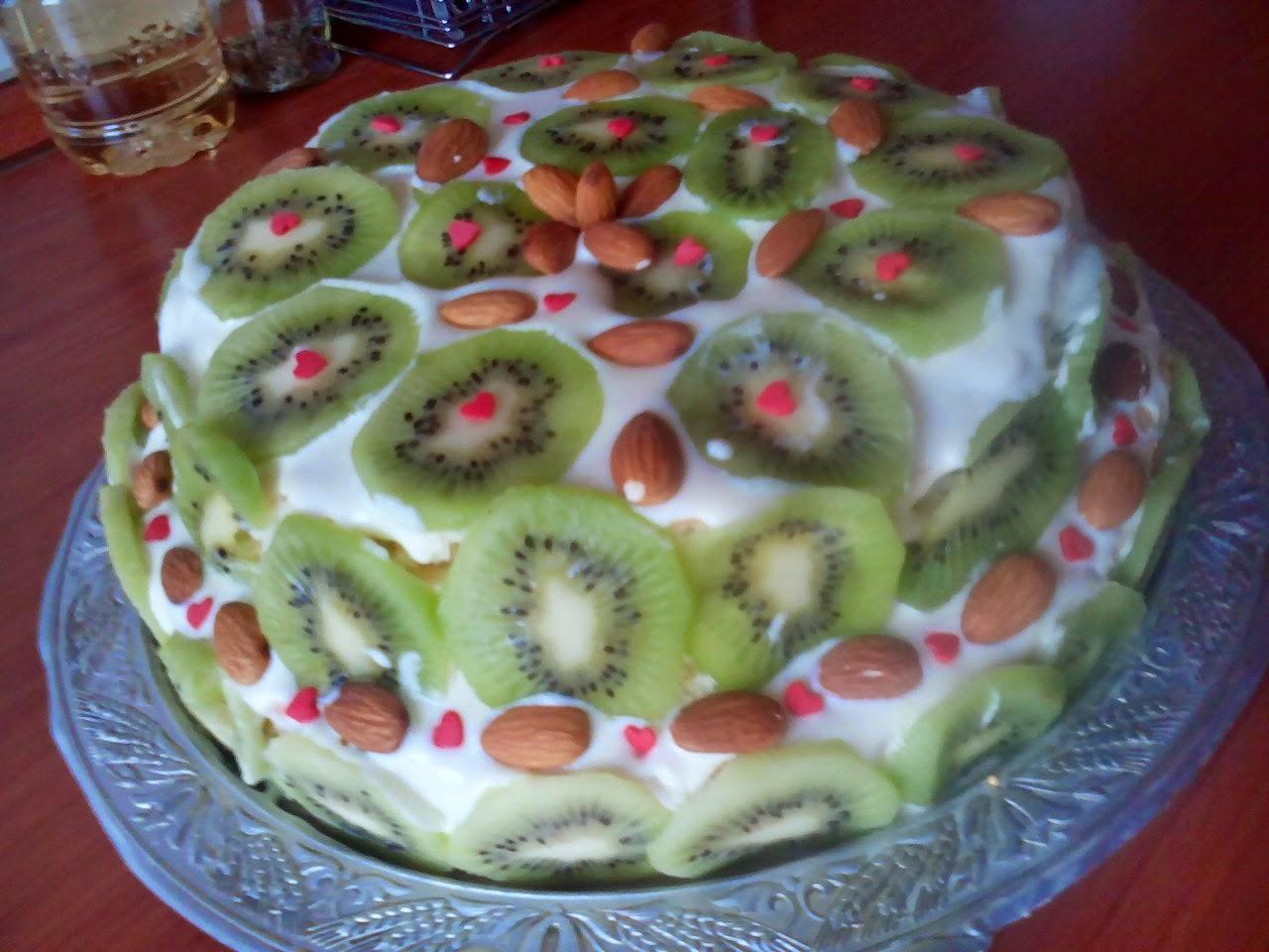 Украшение тортов фруктами: практические советы начинающим 23