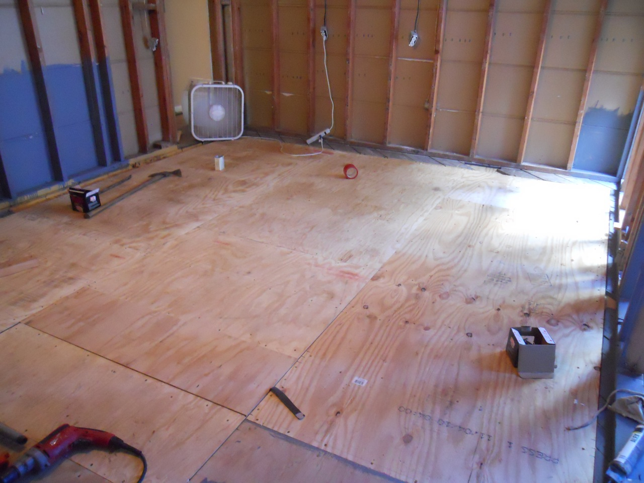 1985 Square Feet Vapor Barrier Check Subfloor Check