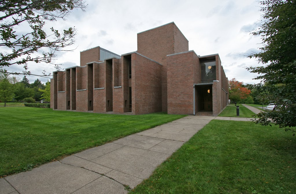 Architecture as aesthetics first unitarian church of for Architects rochester ny