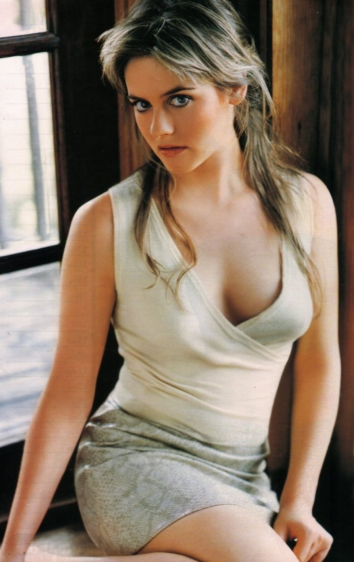 Alicia Silverstone Hairstyles Pictures, Long Hairstyle 2011, Hairstyle 2011, New Long Hairstyle 2011, Celebrity Long Hairstyles 2069