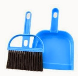 Buy Laura Mini Dustpan With Brush for Rs.40 at Shopclues : BuyToEarn