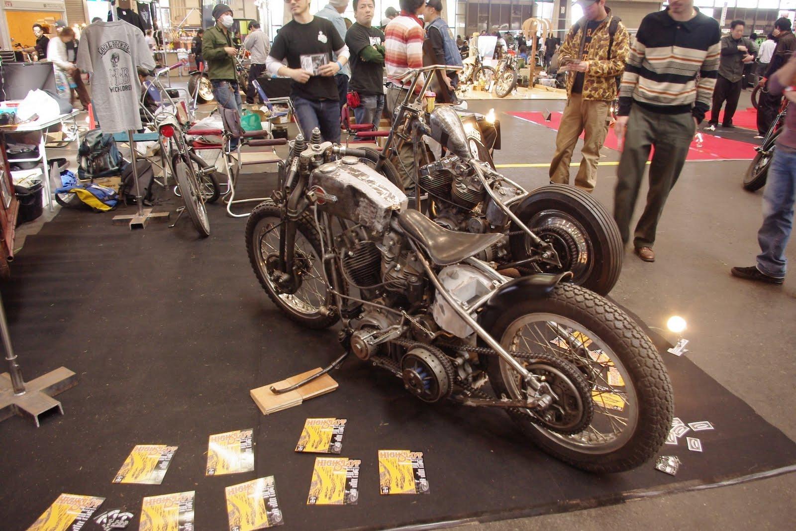 銀ガムテ  DeepでFunnyなMonkeyCustom: JOINTS Custom Bike Show 2010 #01