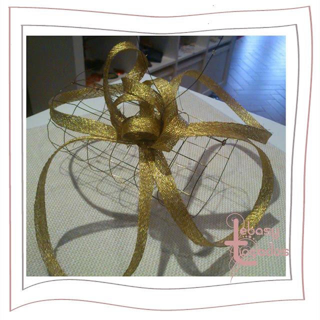 Tocado para promoción en Handmade Spain presentado por Lebasy Tocados.