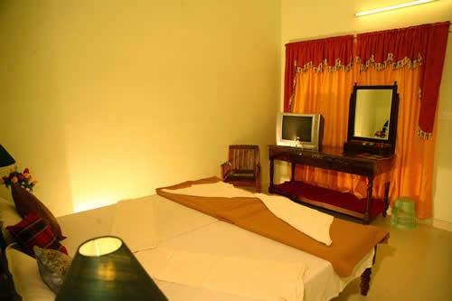 enjoy thekkady stay in homestay, thekkady homestay, budget family accommodation in thekkady