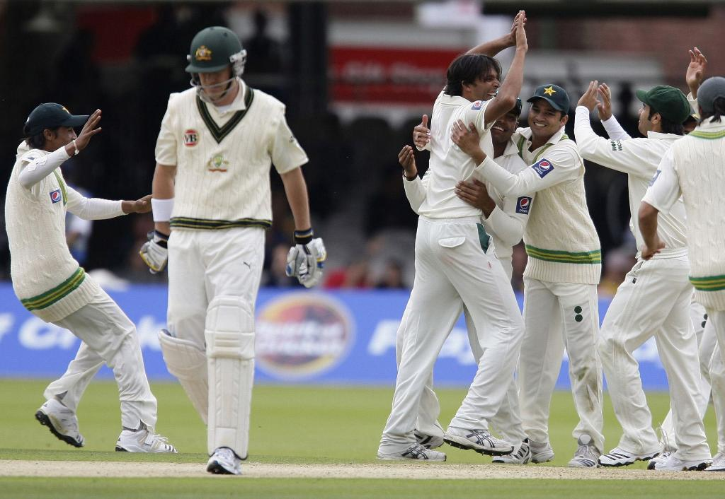 test cricket Bbc test match special with live updates on the latest cricket tournaments plus blogs, analysis, comment, photo stream, audio and video.