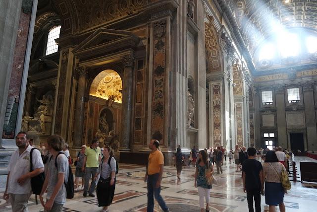 Basilique, Saint-Pierre, Art, Michel-Ange, Coupole, Baldaquin, Bernin, Vatican, Religieux, Pape, Rome, Roma, Voyage, Vlog, Roadtrip, blog,