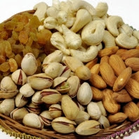 Buy Assorted Dry Fruits 4 In 1 (100 Gms) at Rs. 299 :buytoearn