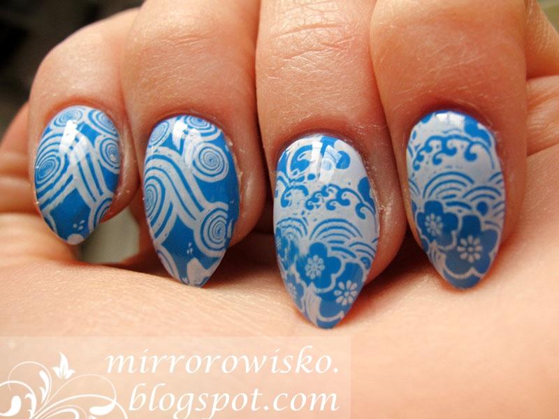 http://mirrorowisko.blogspot.co.uk/2014/12/w-morzu-maych-niebieskich-kwiatow.html