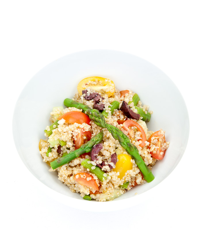 Quinoa spring salad with asparagus